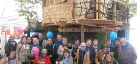 Sortida dels residents del Centre Geriàtric Maria Gay per les Fires de Girona
