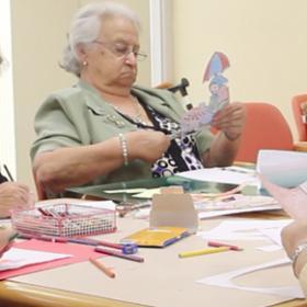 La terapia ocupacional y la gente mayor